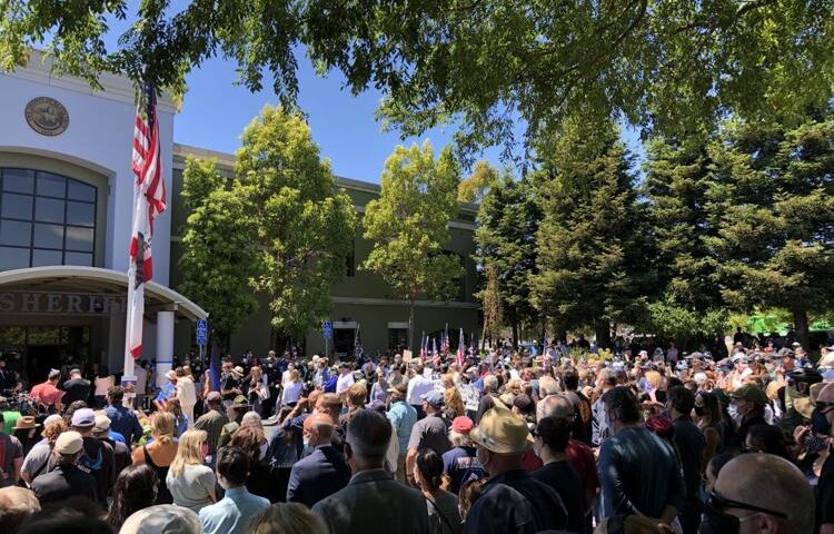 Gathering of mourners for Sergeant Damon Gutzwiller
