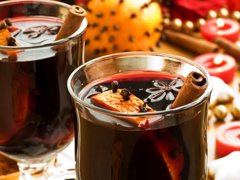 Glogg and Pebbernodder Peppernuts